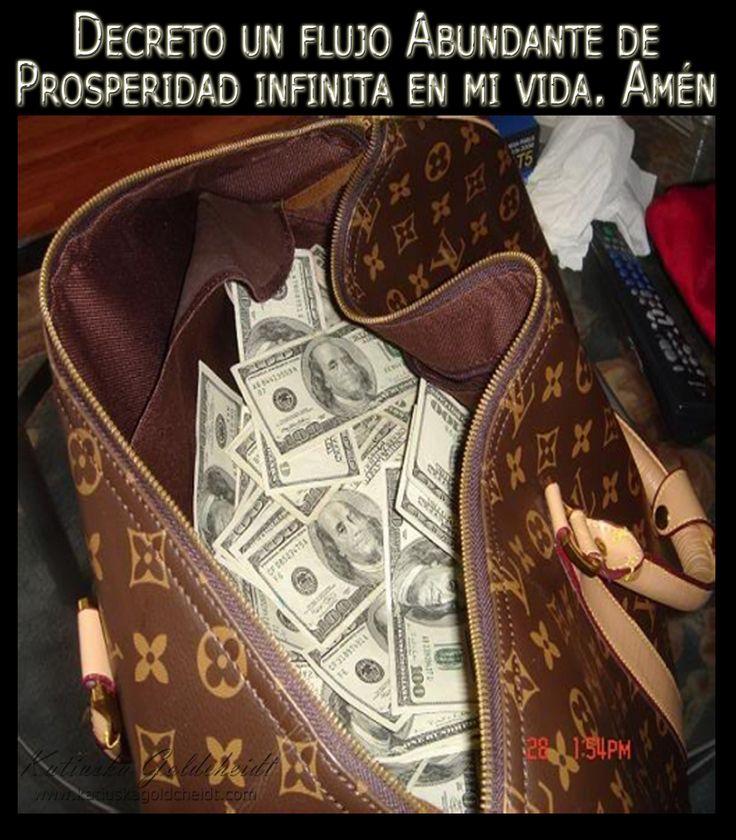 Afirma: A partir de hoy me visualizo con dinero en Abundancia. Libre de deudas...sigue http://katiuskagoldcheidt.com/feliz-y-prospero/