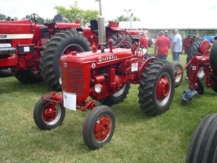 Farmall Tractor Painting : Best tractors images on pinterest old ford