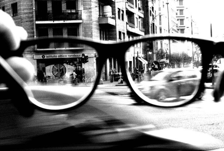 Εμάς με τα γυαλιά να μας αγαπάτε περισσότερο! | Pillowfights.gr