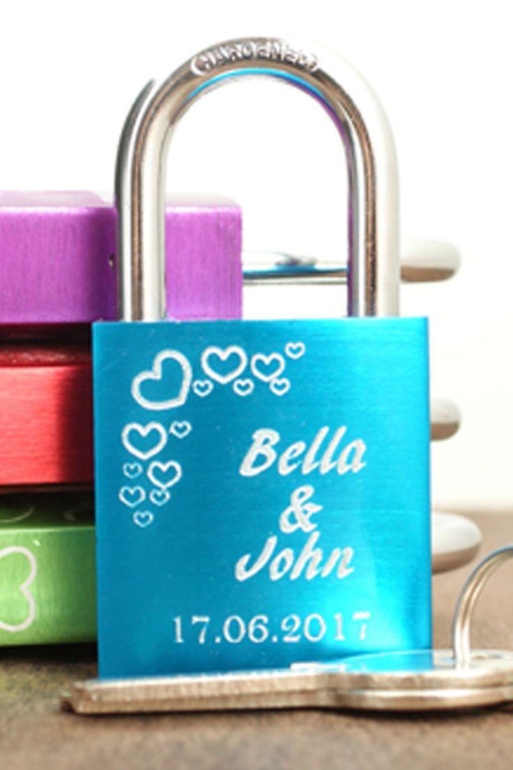 Lahjaidea: Ikuista rakkautesi lemmenlukolla. 5 värivaihtoehtoa. Valitse omasi. Tilaa heti! http://www.korumaa.fi/category/2/lemmenlukot