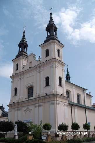 Kościół pw. św. Józefa Oblubieńca NMP - Wieluń, zdjęcia miast, galeria zdjęć