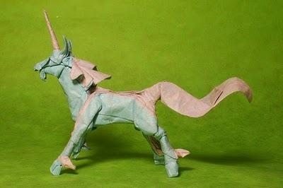 Unicorn: Origami unicorn.