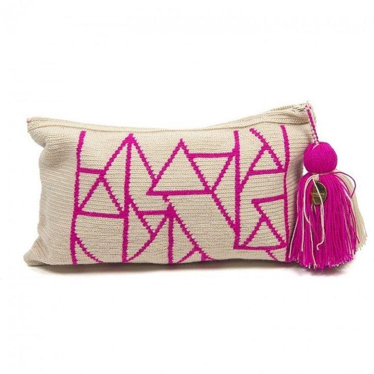 """Wayuu bags, Panama hats and bracelets, designed in Spain & handmade by artisans""."