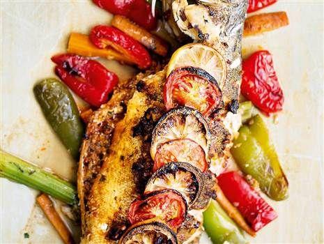 Helgrillad fisk med chermoula