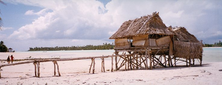 https://flic.kr/p/7LcDk3 | Kiribati, Tarawa atoll | Shot in Tarawa, Republic of Kiribati, with a Fuji disposable panoramic camera