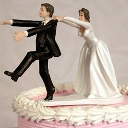 probably what Chris and my wedding cake topper will look like. bahaha Run away groom topper #wedding #cake #funny