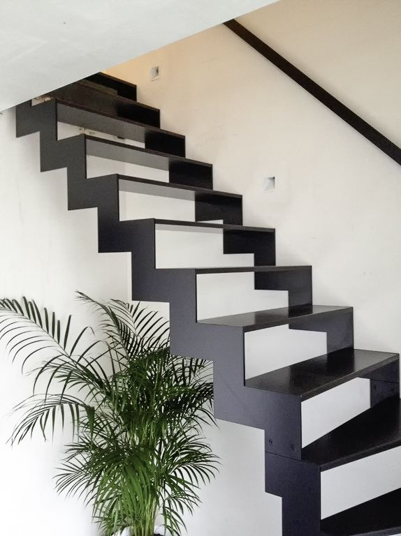25 beste idee n over metalen trap op pinterest trap ontwerp en trappenhuis ontwerp - Metalen trap ...