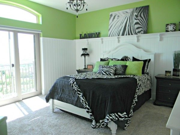 Zebra girls teen room - Design Dazzle