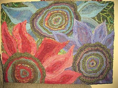 Amazing RUG HOOKING CRAFT PAPER PATTERN Three Blooms ABSTRACT Primitive FOLK ART  Karla G