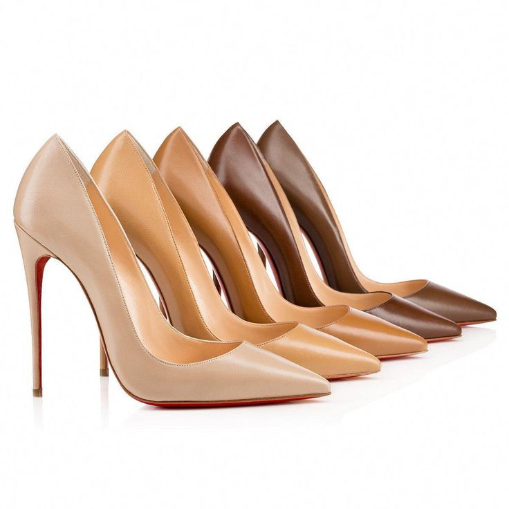 Christian Louboutin Nude Patent Leather Pigalle Pumps