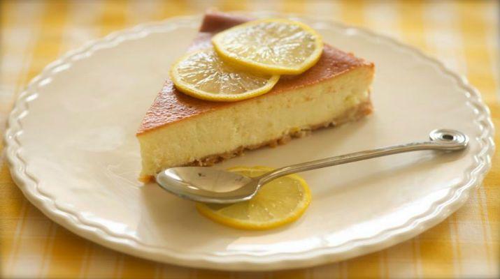 Нежный  лимонный чизкейк