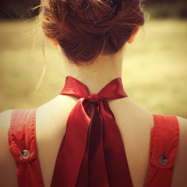 Red ribbon.
