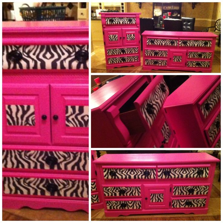 Girls bedroom set in HOT PINK & ZEBRA...how cute! My daughters room is similar to this but has purple and flowera...maybe I could redo hers hmmm