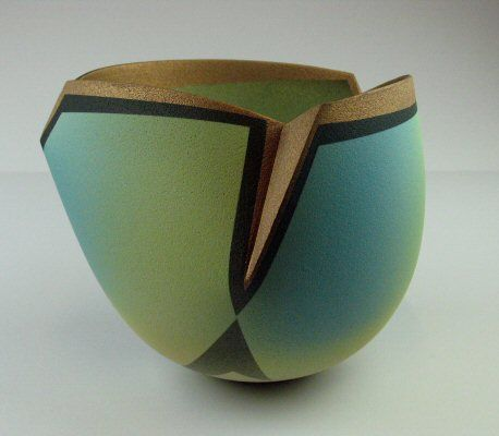 Jon Middlemiss ceramics, new ceramics, International Academy of Ceramics, IAC, gallery,
