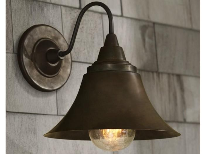 10 Easy Pieces Barnhouse Style Outdoor Lighting