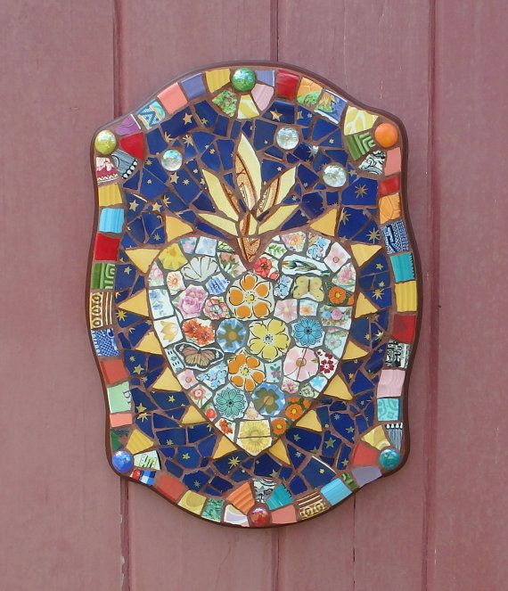 Colorful Boho Sacred Heart Primitive Mexican Style Mosaic Art Plaque 15 x 11 inch Wall Decor