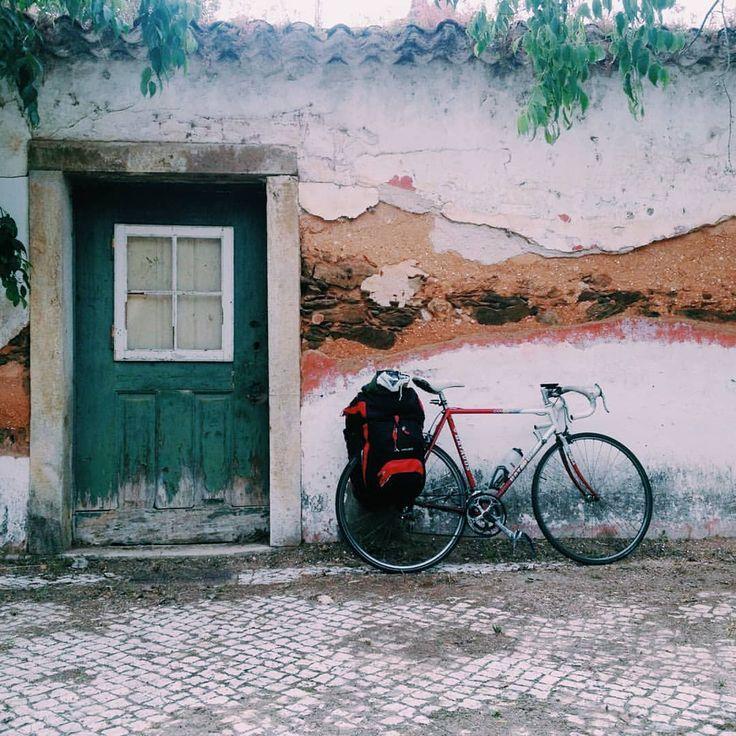 "Gefällt 40 Mal, 1 Kommentare - @berlinlisbonexpress auf Instagram: ""Happy Weekend #inlovewithmybatavus #lovecycling #biketouringforever #batavus #batavusbikes #cycling…"""
