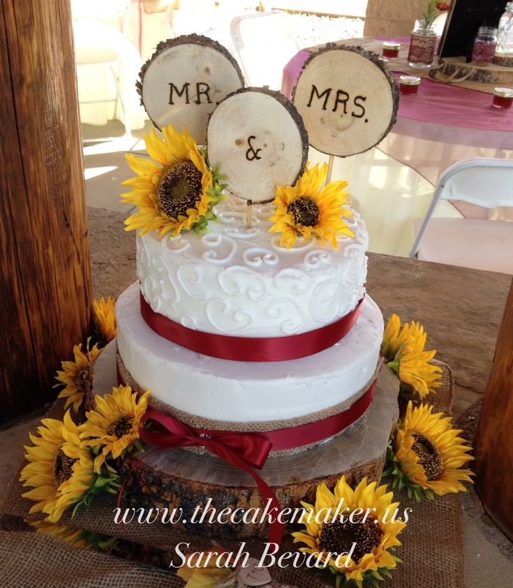 Wedding Cake With Burlap Ribbon