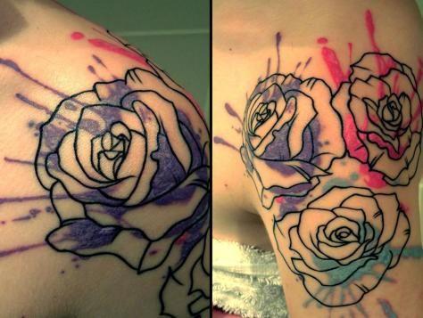 Tatuagem de Rosa | Aquarela no Ombro