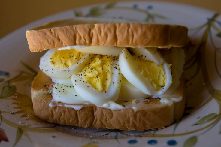 Stuff in those boiled eggs in between your bread for a protein rich diet!