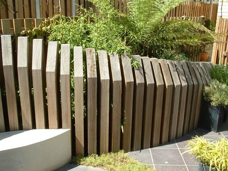 For more details on how to have this concept in your home for Garden fence features