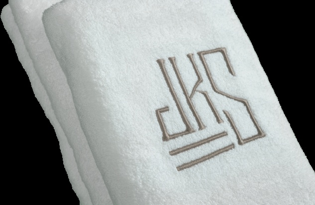 Love the monogram!White Poplin, White Terry, Austen Monograms, Monograms Towels, Monograms Mania, Embroidered Austen, Bath Towels, Poplin Trim, Terry Bath