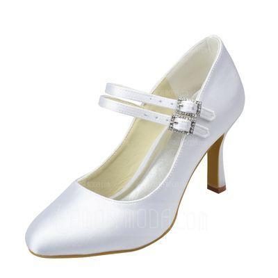 Bröllopsskor - $66.99 - Kvinnor Satäng Spool Heel Stängt Toe Pumps med Spänne Strass (047065611) http://amormoda.se/Kvinnor-Sataeng-Spool-Heel-Staengt-Toe-Pumps-Med-Spaenne-Strass-047065611-g65611