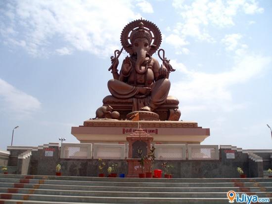 Birla Ganpati, Shirgaon, Pune  @ http://ijiya.com/8236098