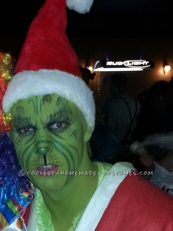 Cool Couples Halloween Costume: Grinch and Cindy Lou Who...