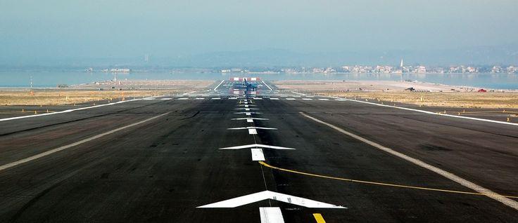 Un avion immatriculé D-AECH... fait impression à strasbourg - WEPOST Mag, Magazine tunisien, infos tunisie, actualité en tunisie, tunisie news , la presse tunisie