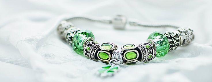 Bracelet product photo.