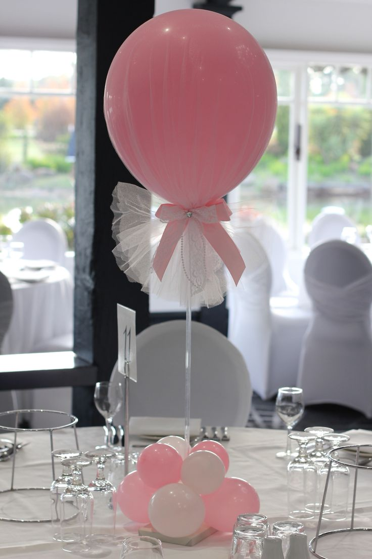 Katelyn's matching pink table decorations