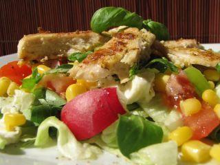 Friss tavaszi saláta 15 perc alatt