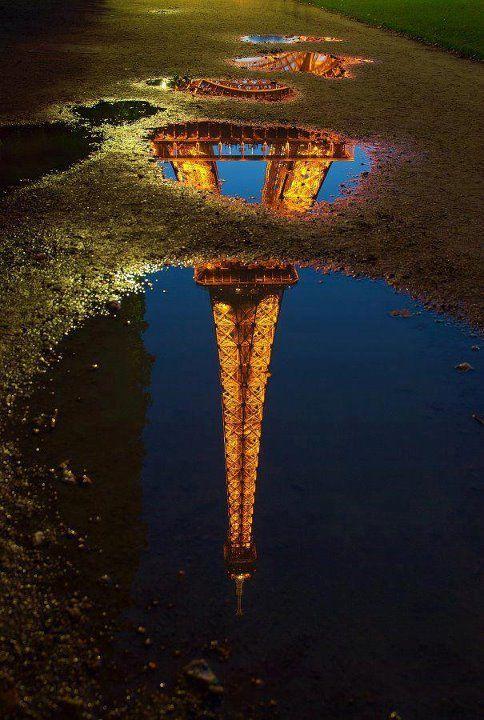 Amazing reflection.: Paris, Tours Eiffel, Towers Reflection, Toureiffel, Favorite Places, Eiffel Towers, Travel Photo, France, La Tours