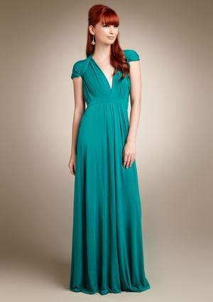WANT!! Dress and haircolor!