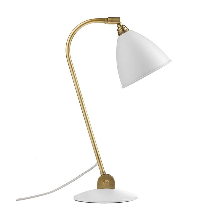 This matt white and brass Bestlite BL2 Table Lamp from the Scandinavian brand Gubi is an iconic piece that has been in continuous production since 1930. Sin
