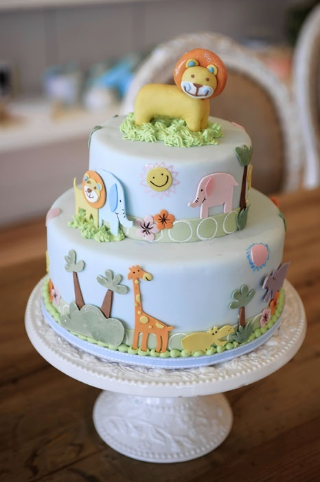 Adorable safari cake from Bobbette  Belle in their Signature Special Occasion Cakes. cake-love