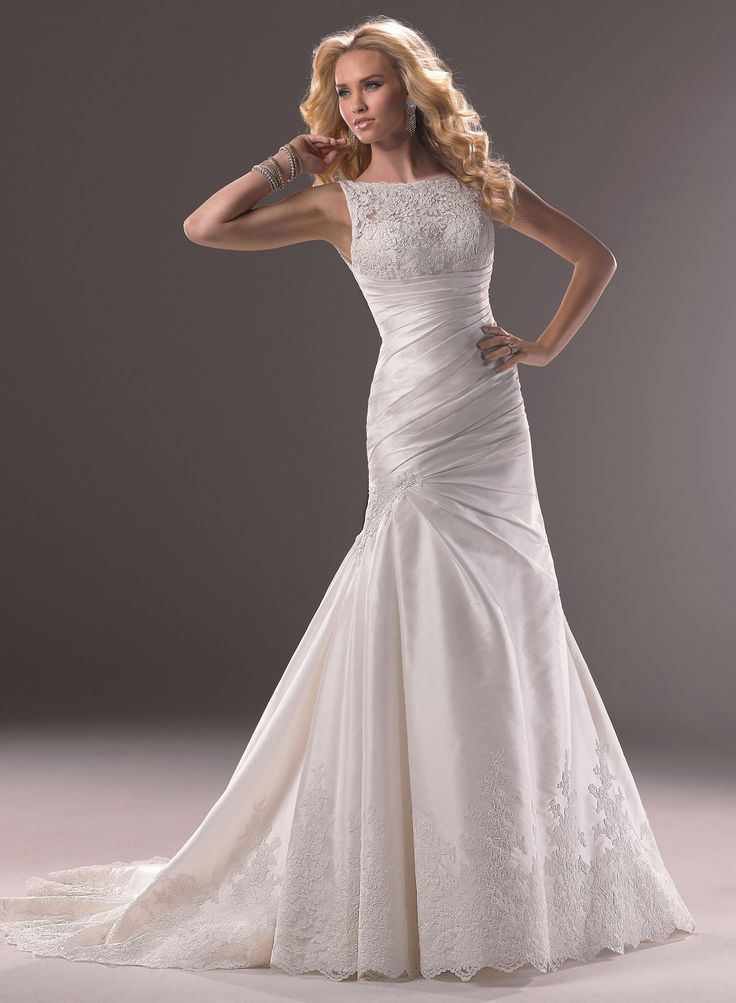 finding the perfect best wedding dress for small bust is something