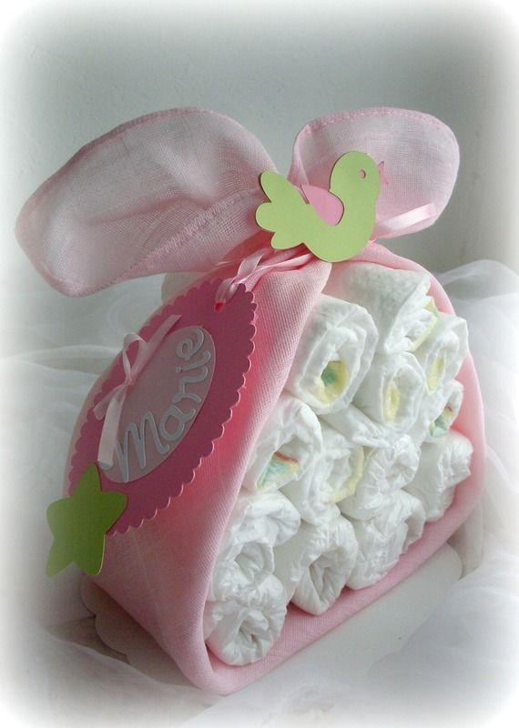 """Cadeau de naissance """"Colis de cigogne"""" Gâteau de couches Fille Rose pâle et anis"""