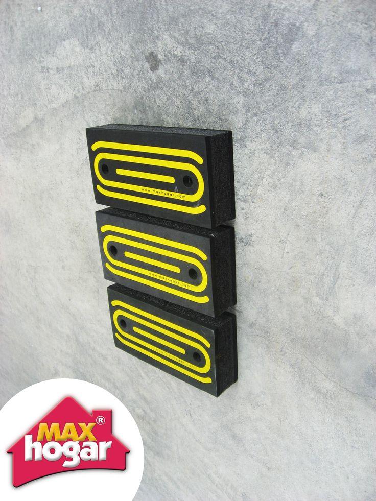 Con este producto se protege la parte posterior de su vehículo al momento de parquear.