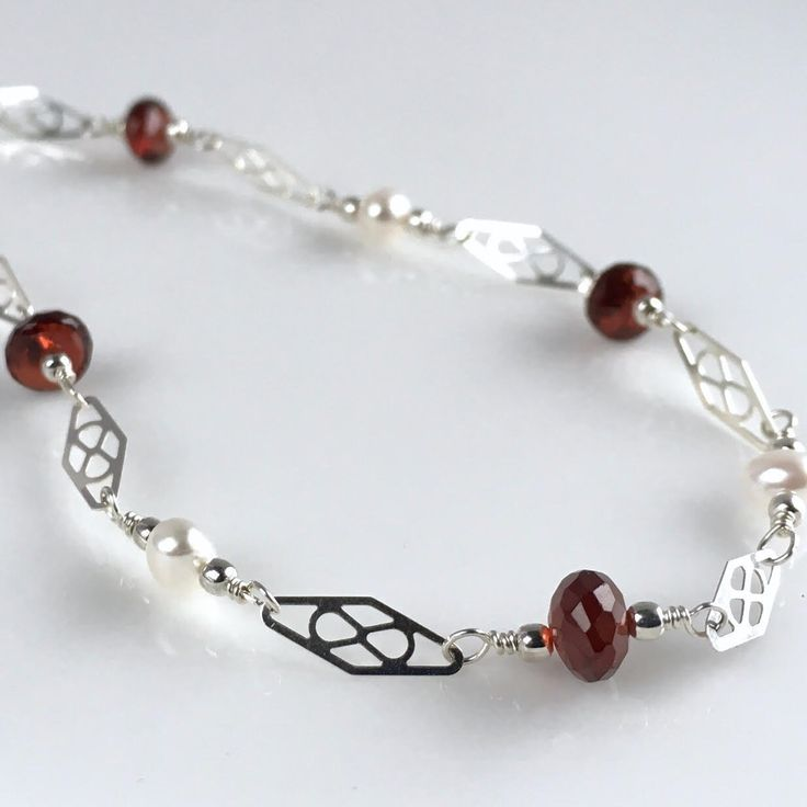 Ankle Bracelet, Sterling Silver Ankle Bracelet with Freshwater Pearls, Garnet Jewelry, Real Pearl Ankle Bracelet, January Birthstone, Winter Wedding, Gift Ideas for Women. ** Sterling Silver Ankle Bracelet with Faceted Garnets and Freshwater Pearls **Beautiful and delicate looking, this sterling silver ankle bracelet or anklet is made with, beautiful faceted garnets, freshwater pearls and sterling silver findings and beads. This is a great anklet for everyday wear or a dressy occasion…