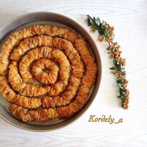 Kordelyanın mutfağı: SARI BURMA ( KOCAKARI GERDANI )