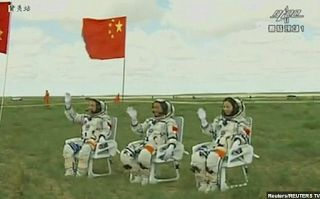 Planet Stars: To 2036 οι πρώτοι Κινέζοι αστροναύτες στη Σελήνη