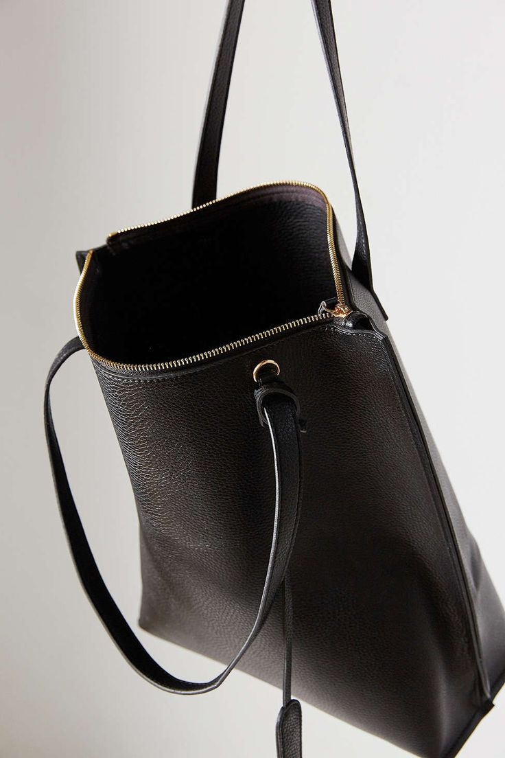 Silence + Noise Zip Pebbled Vegan Leather Tote Bag - Urban Outfitters