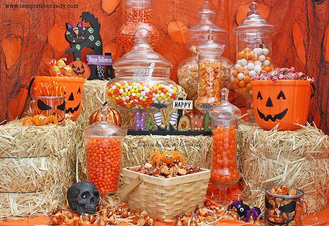 best 25 halloween candy bar ideas on pinterest halloween candy halloween candy buffet and. Black Bedroom Furniture Sets. Home Design Ideas