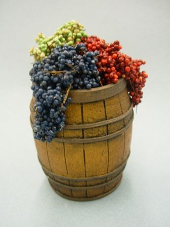 This site has wine related miniatures for my vineyard/winery theme!