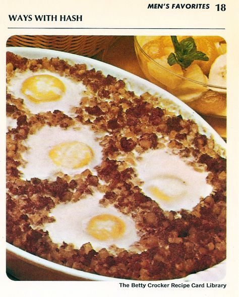 Crusty Beef Hash With Eggs Heat oven to 350°. Spread 2 cans (15 ounces each ) canned corned beef or roast beef hash in greased 1 1/2 quart baking dish. Bake 15 minutes or until heated through. …