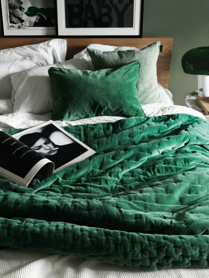 Soft emerald bedding