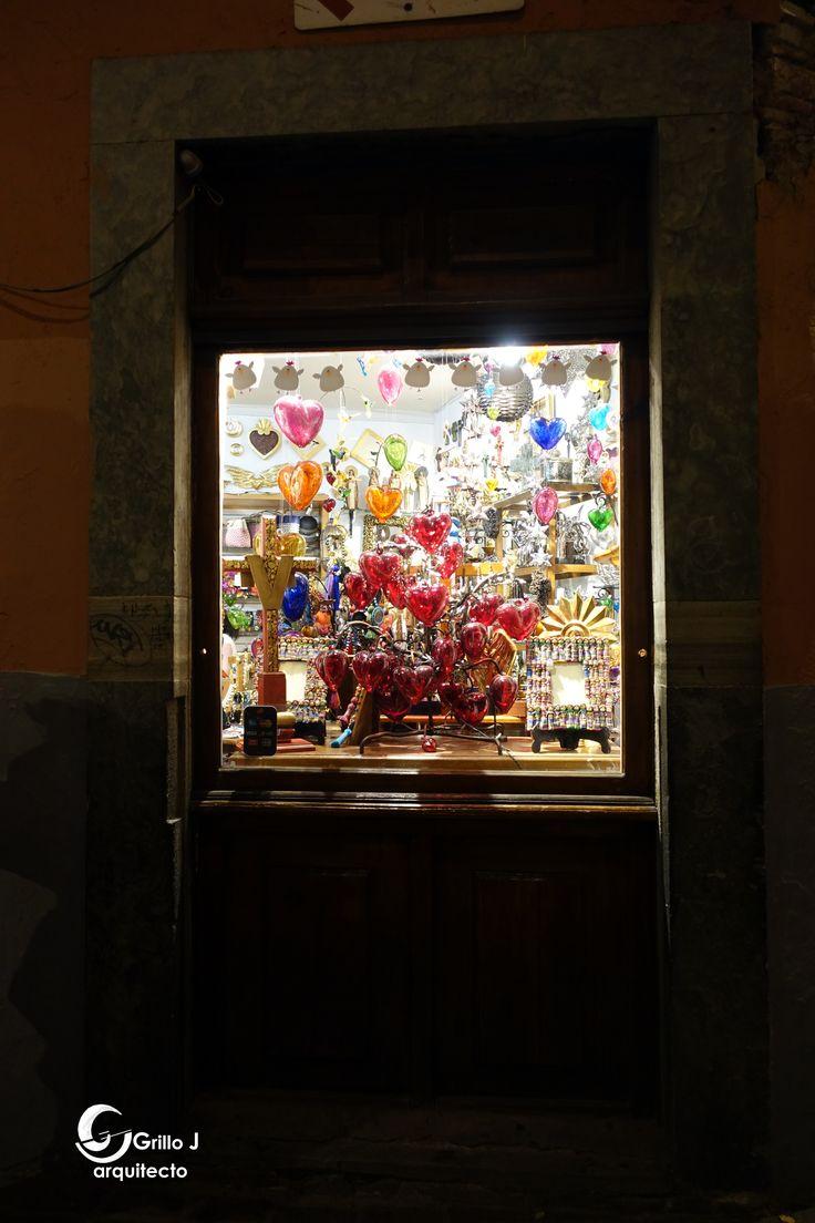 Vitrina de corazones, Guanajuato, México