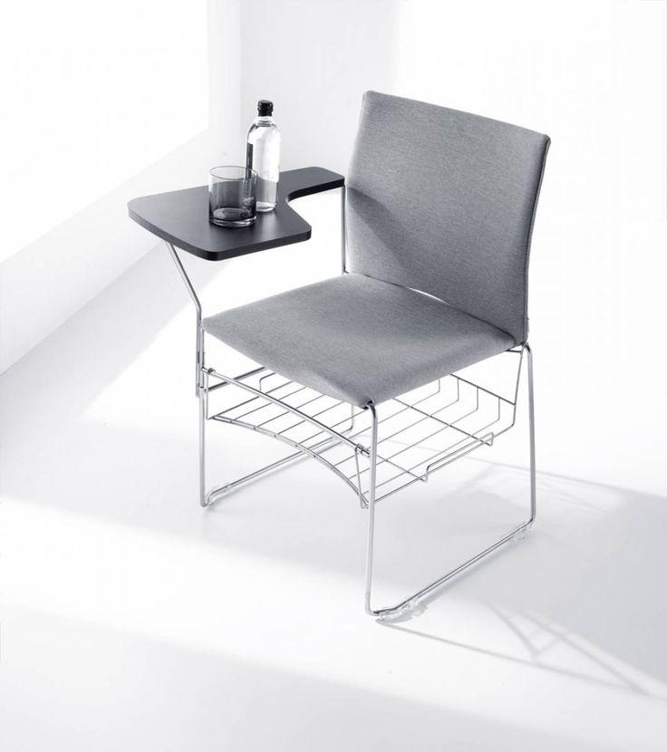 Ariz to #kolekcja krzeseł konferencyjno-audytoryjnych wyróżniających się lekką formą. Formę krzesła konferencyjnego oparto na połączeniu elementów plastikowych - siedziska i oparcia - z lekkim metalowym stelażem. #elzap #krzesło #konferencja #lekkość #szarość #chair #grey#meble #biuro #office #furniture #szkolenie #training